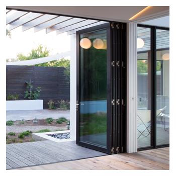 Series 7950 Bi-Fold Door Image